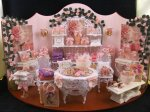 Shabby Chic Display 3 by de Pronkkamer