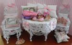 Shabby Chic Display 2 by de Pronkkamer